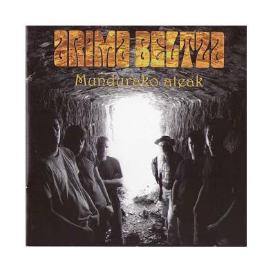 Arima Beltza - Mundurako ateak